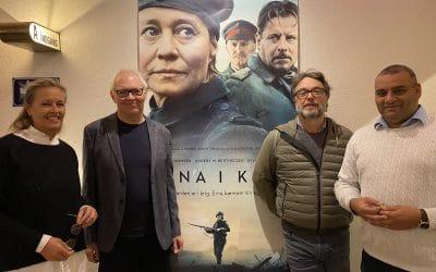 Erna i krig – forpremiere med besøg af Erling Jepsen og Henrik Ruben Genz